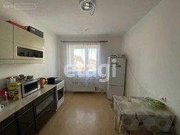 Продается 2-комнатная квартира мкр 111-й, 60.1  м², 4350000 рублей