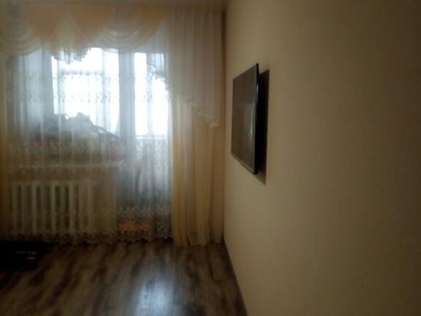 Продам 2-комнатную, 46 м², Эмилии Алексеевой ул, 86. Фото 2.