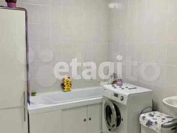 Продам 2-комнатную, 41 м², Взлетная ул, 38. Фото 2.