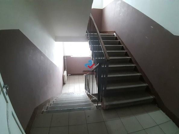 Продам 1-комнатную, 29 м², Коммунаров пр-кт, 120А. Фото 5.