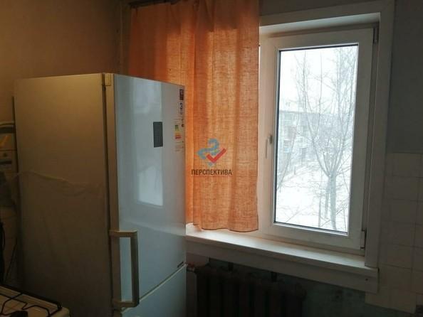 Продам 4-комнатную, 61 м², Малахова ул, 70/200. Фото 2.