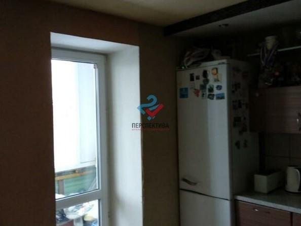 Продам 3-комнатную, 63 м², Алтайская ул, 102А. Фото 4.
