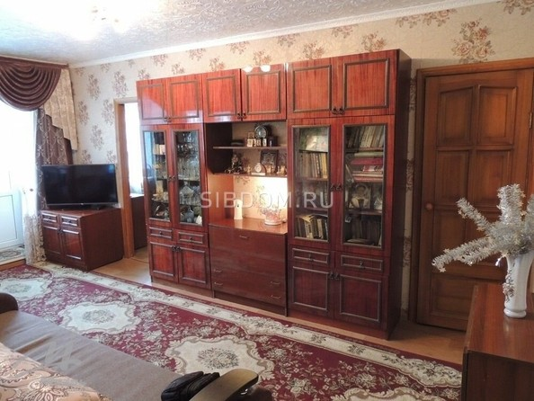 Продам 2-комнатную, 44.5 м², Комсомольский пр-кт, 126. Фото 5.