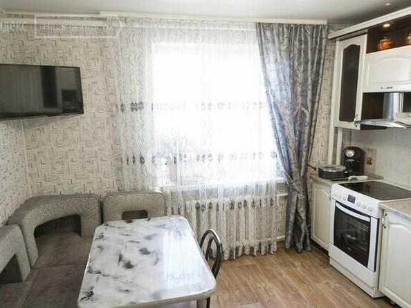 Продам 3-комнатную, 80 м², Павловский тракт, 216Б. Фото 2.