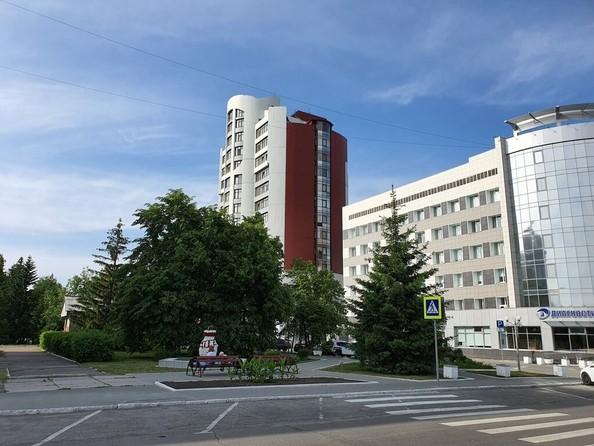 Продам 5-комнатную, 260.1 м2, Молодежная ул, 3Б. Фото 3.