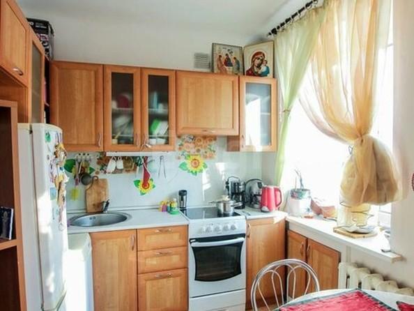 Продам 2-комнатную, 43 м2, Родины ул, 4. Фото 4.