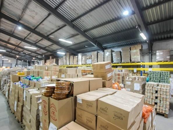 Продам торговое помещение, 1137.8 м², Комарова ул. Фото 4.