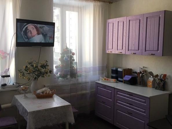Продам 3-комнатную, 66.8 м2, Иванова ул, 14. Фото 2.