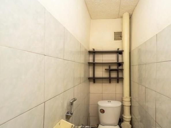 Продам 2-комнатную, 49.6 м², Байкальская ул, 230. Фото 8.