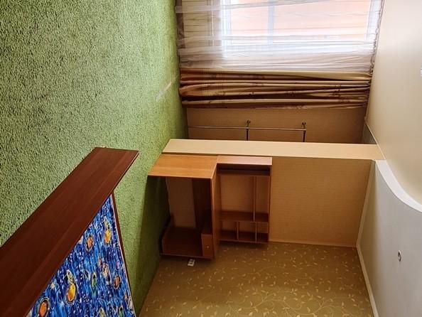 Продам 3-комнатную, 94 м², Октябрьский пр-кт, 59. Фото 4.
