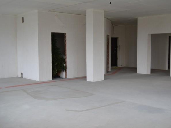 Продам 4-комнатную, 150 м2, Богдана Хмельницкого ул, 11/3. Фото 6.