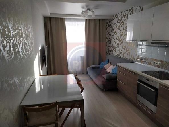 Продам 2-комнатную, 58 м2, Татьяны Снежиной ул, 45. Фото 9.
