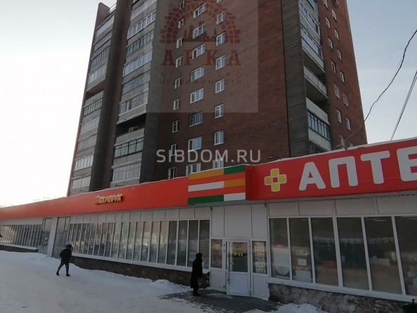 Продам 1-комнатную, 39 м², Владимировская ул, 1/1. Фото 1.