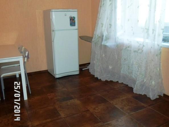 Сдам посуточно в аренду 2-комнатную квартиру, 70 м², Омск. Фото 6.
