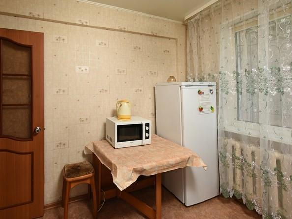 Сдам посуточно в аренду 1-комнатную квартиру, 35 м², Омск. Фото 3.