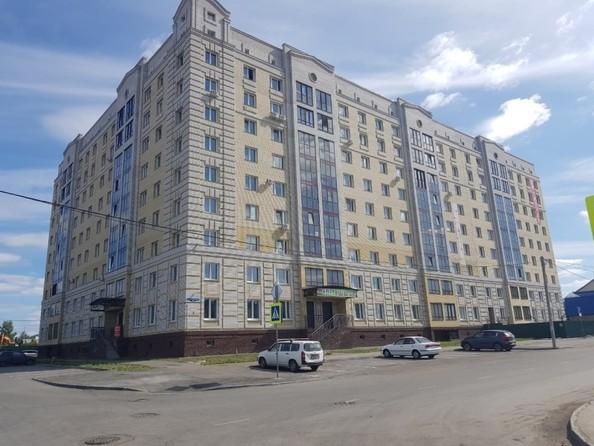 Продам 2-комнатную, 60.9 м², Северная 3-я ул, 123. Фото 17.