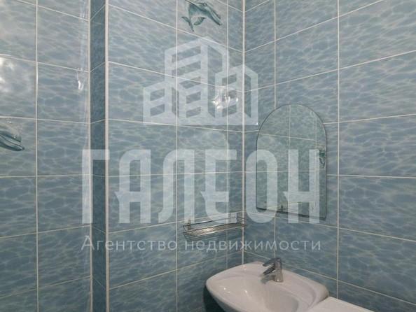 Продам 3-комнатную, 76 м², Барнаульская ул, 97. Фото 11.