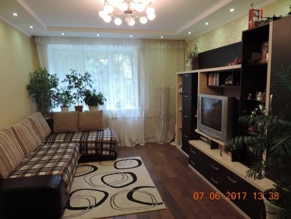Продам 2-комнатную, 49 м2, Любинская 4-я ул, 40а. Фото 1.