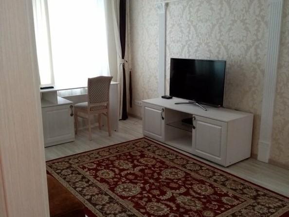 Сдам в аренду 1-комнатную квартиру, 60 м², Томск. Фото 4.